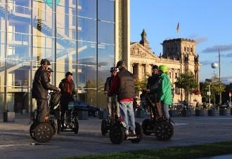 ZWI_07-–-BERLIVERY-Berlin-atrakcje-